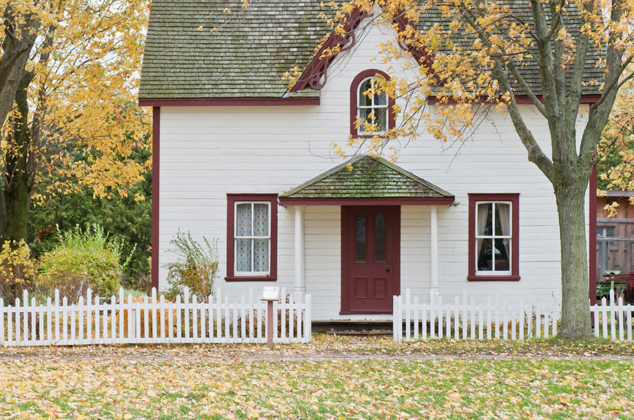 Front view of home on fall day | Home Insurance